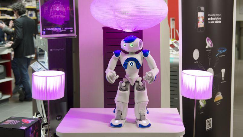 Robot Nao vendeur chez Darty